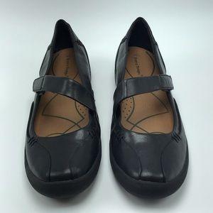 Bare Traps Landon Black Mary Jane Loafers Size 9.5